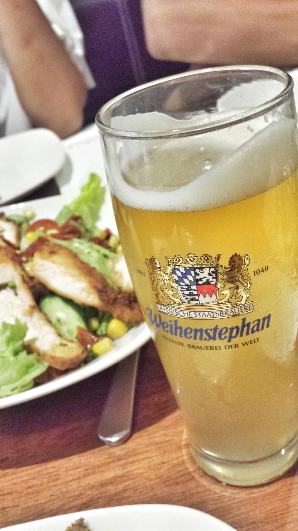 Bayrischer Longdrink (Original Munchner lager with Vodka and lime juice )0.3 ltr (P175)